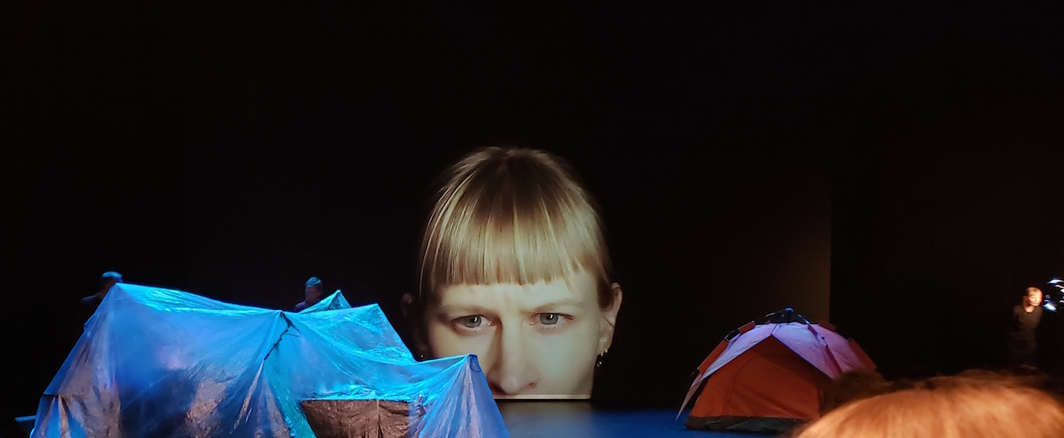 Jenny Hval at Hebbel am Ufer, Berlin, February, 2020. Photo: Marco Fuentes.