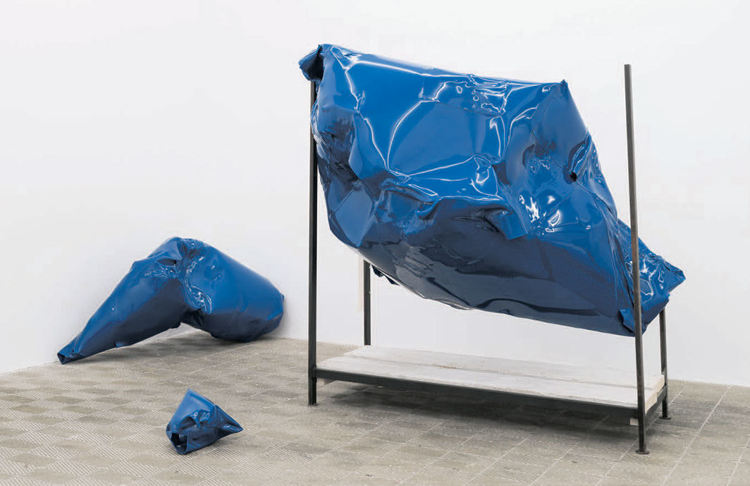 Ludovica Carbotta, Severe UD 01, 2019, wood, iron, paint, plastic. Installation view.