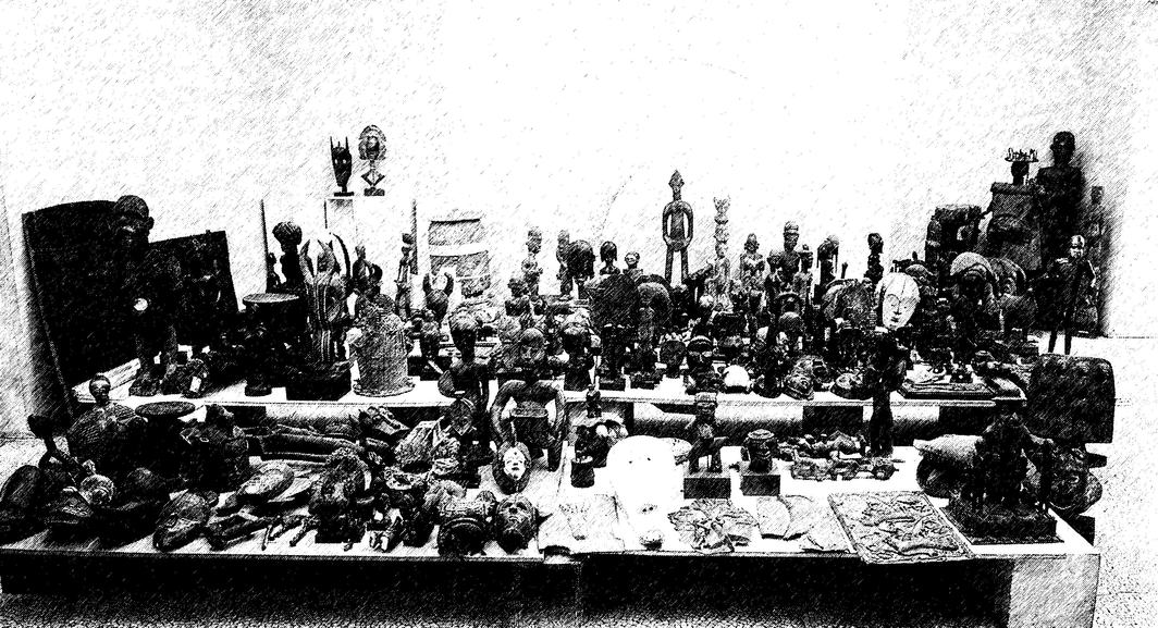 Drawing based on a photograph by Soichi Sunami of African objects displayed at the Museum of Modern Art in 1935.