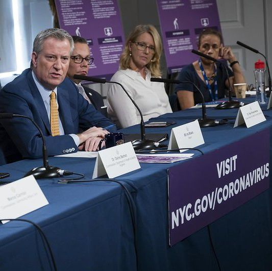 Mayor Bill de Blasio at a coronavirus roundtable at City Hall. Photo: Ed Reed/Mayoral Photography Office.
