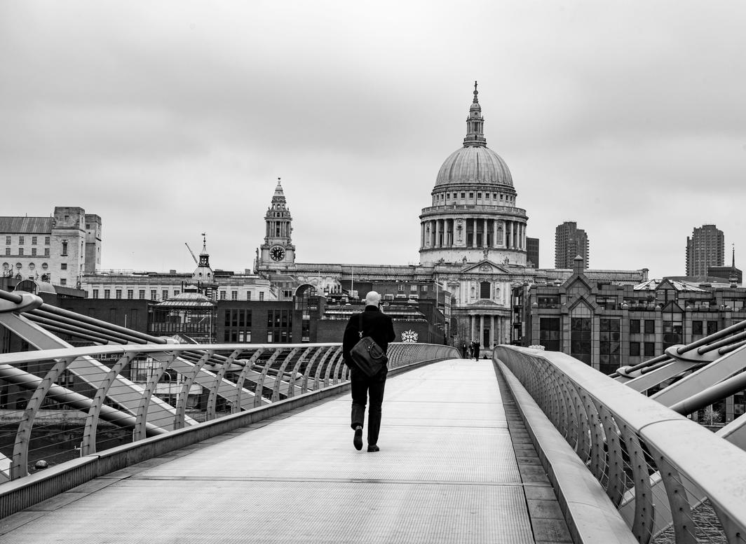 Millennium Bridge and St. Paul's Cathedral during the Covid-19 shutdown. Photo:  Nick Simon / Alamy.