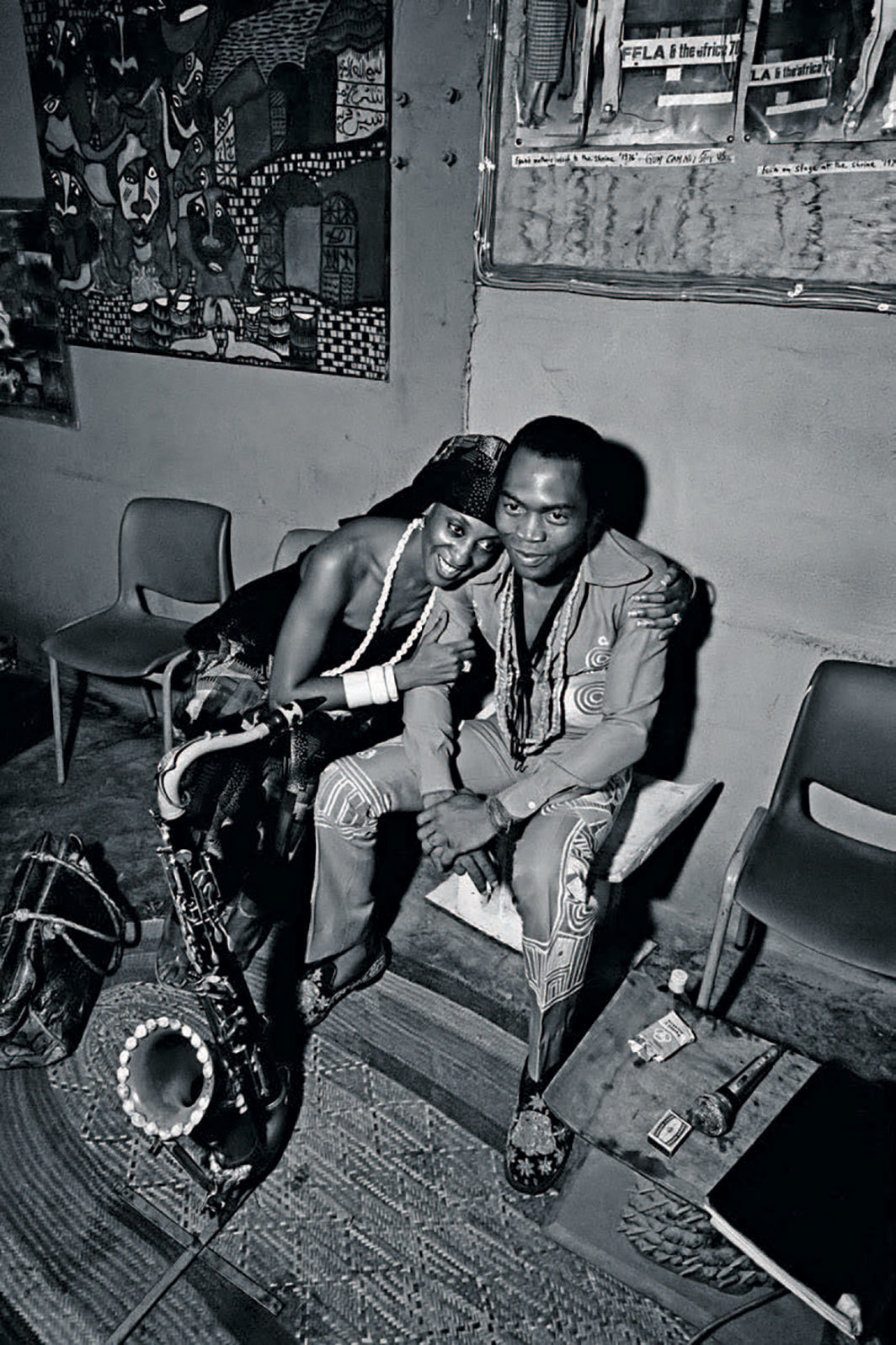 *Sandra Izsadore and Fela Anikulapo Kuti at the New Afrika Shrine, Lagos, Nigeria, 1978.* Photo: Adrian Boot.