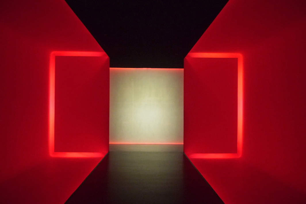 James Turrell, The Light Inside, 1999.