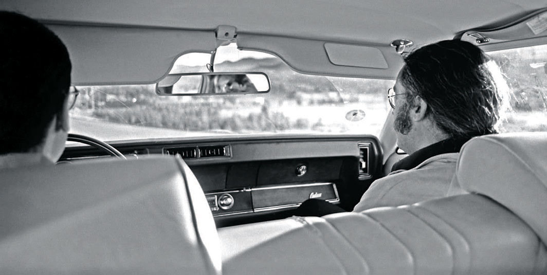 Stephen Prina and Germano Celant driving to California Institute of the Arts, Los Angeles, September 1979. Photo: Luciano Perna/Archives.