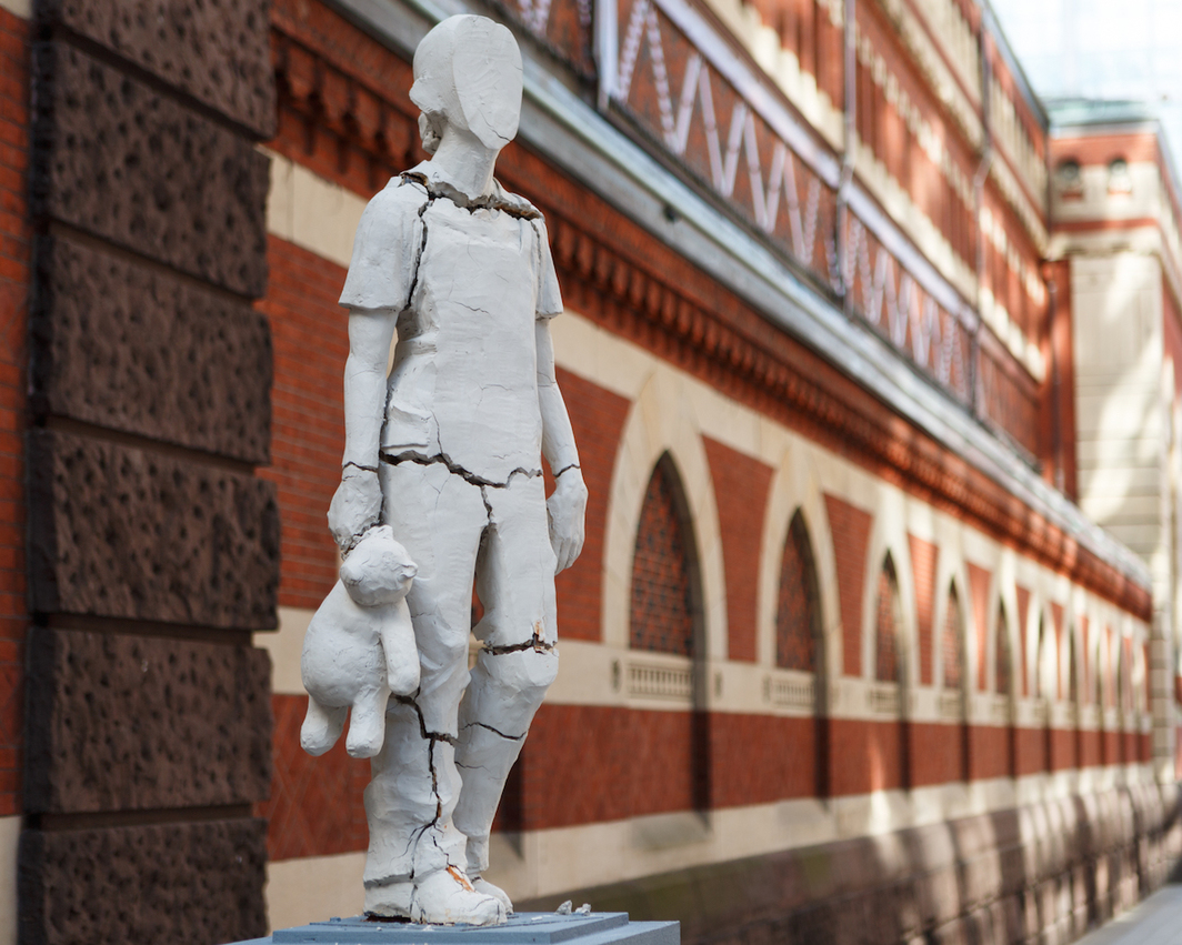 Tania Bruguera, Monument to New Immigrants, 2017, wood, paint, clay, steel. Pennsylvania Academy of the Fine Arts. Photo: Steve Weinik/Mural Arts Philadelphia.