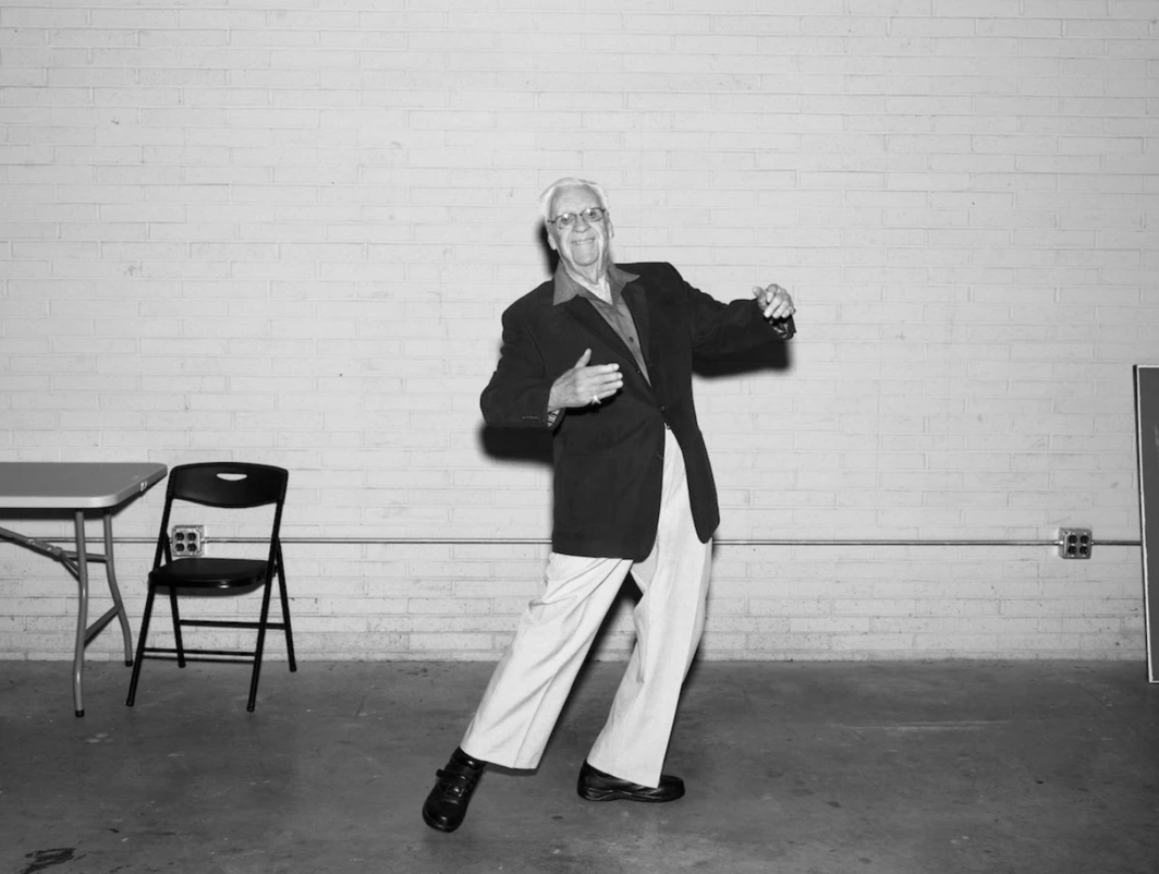 "Alec Soth, Bill, Sandusky, Ohio, 2012, ink-jet print, 44 1/4 × 57 1/4"". Courtesy Sean Kelly."