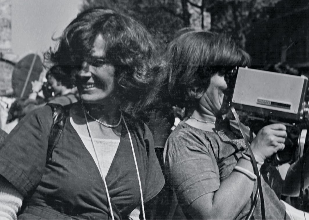 Delphine Seyrig and Ioana Wieder during a protest, 1976. Photo: Micha Dell-Prane.