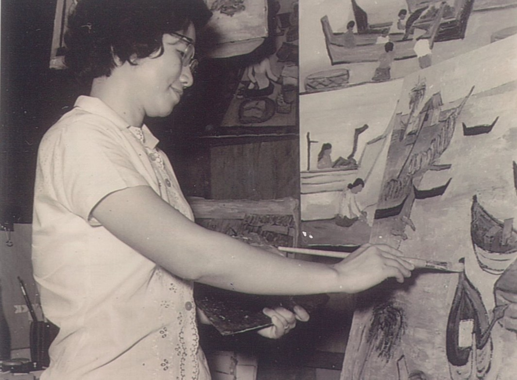 Chen Cheng Mei in her Singapore studio, circa 1965. Image courtesy of the family of the artist.