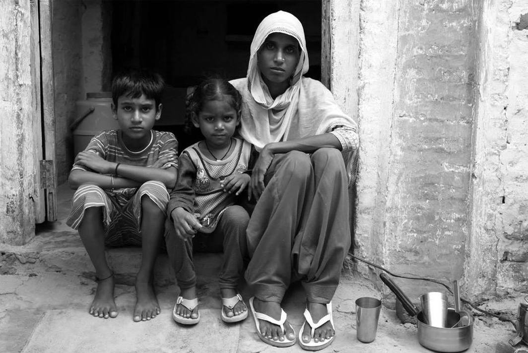 Randeep Maddoke, Left Behind - 1, 2021, black-and-white photograph.