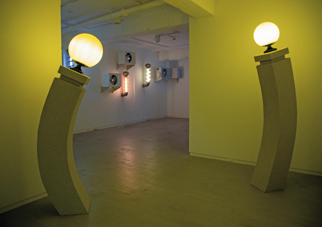 Shih Meng Hsin, ( ), 2020, iron,wood, lightbulbs. Installation view. Photo: Kagaw Omin.