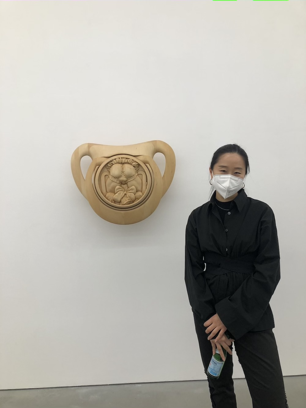 Dealer Catherine Wang at Kraupa-Tuskany Zeidler's Anna Uddenberg exhibition.