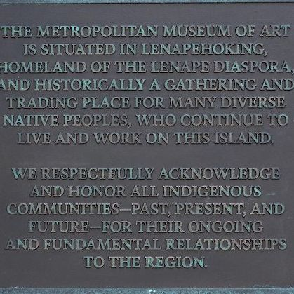 The new plaque installed on the Met's façade. Photo by Bruce Schwarz/the Metropolitan Museum of Art.