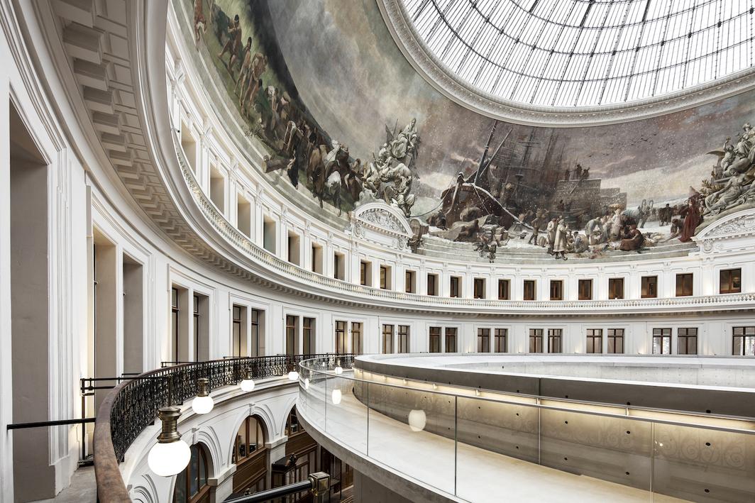 Interior of the Bourse de Commerce – Pinault Collection. © Tadao Ando Architect & Associates, Niney et Marca Architectes, Agence Pierre-Antoine Gatier. Photo: Patrick Tourneboeuf.