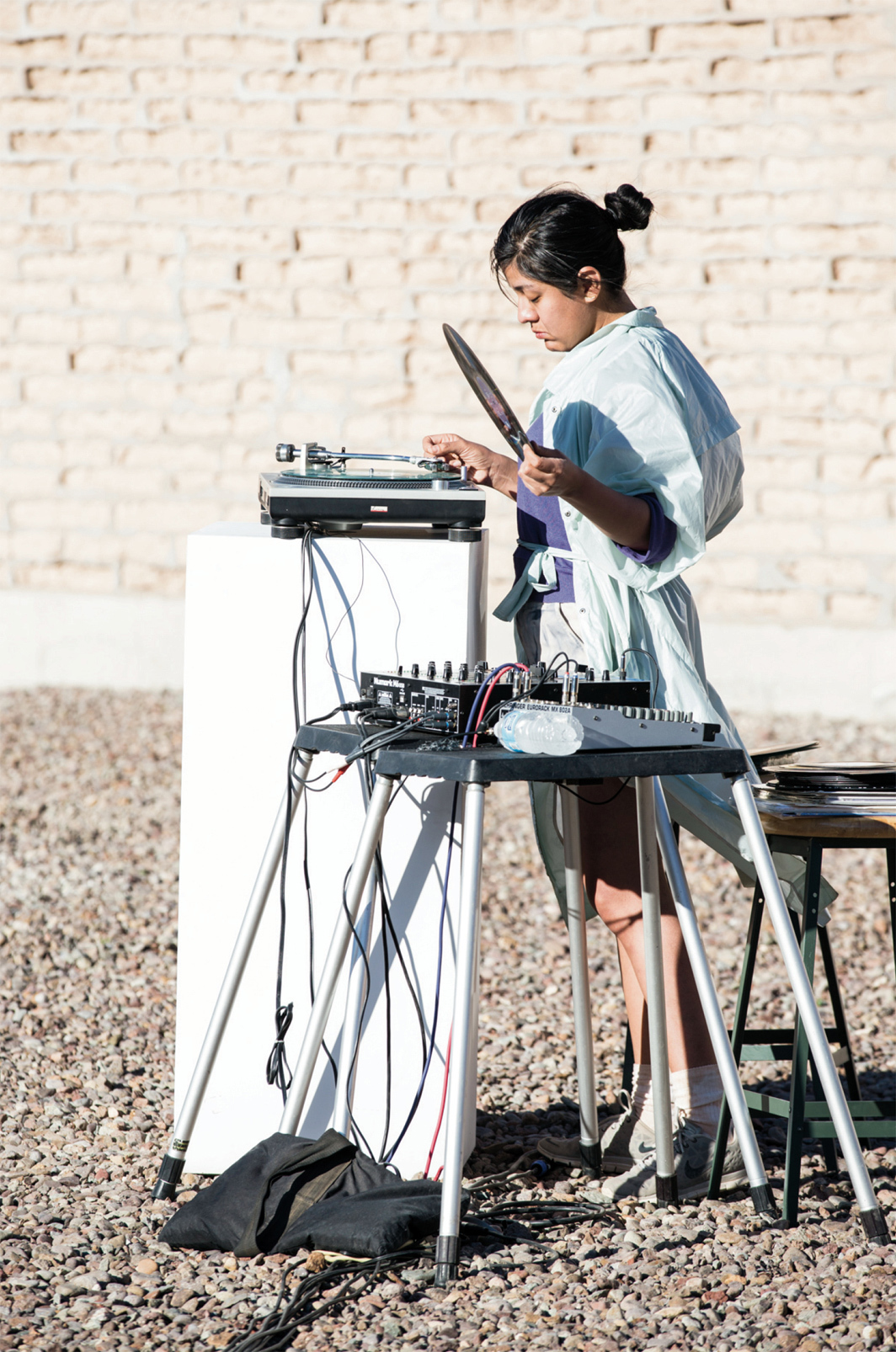 Maria Chávez performing at Marfa Myths, La Mansana de Chinati/The Block, Judd Foundation, Marfa, Texas, March 2016. Photo: Alex Marks.