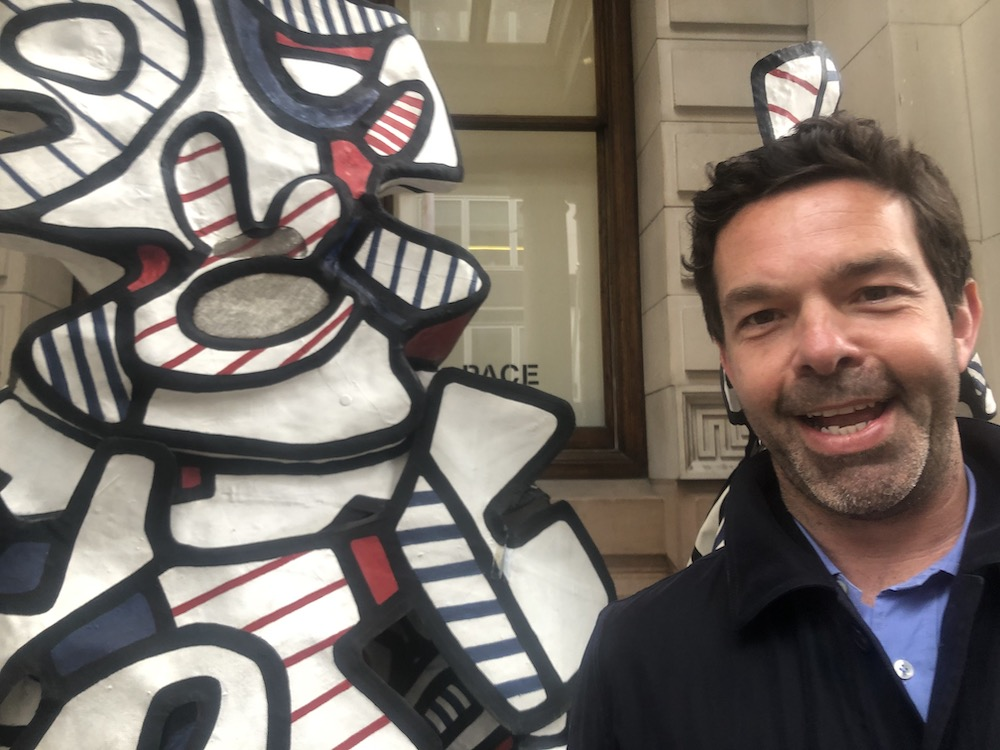 Pace Gallery senior director Elliot McDonald and a performer from Jean Dubuffet's Fragments - Coucou Bazar.