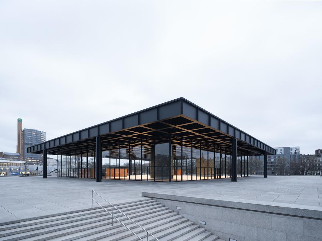 Neue Nationalgalerie, exterior view, 2021. © BBR / Marcus Ebener / Ludwig Mies van der Rohe / VG Bild-Kunst, Bonn 2021.