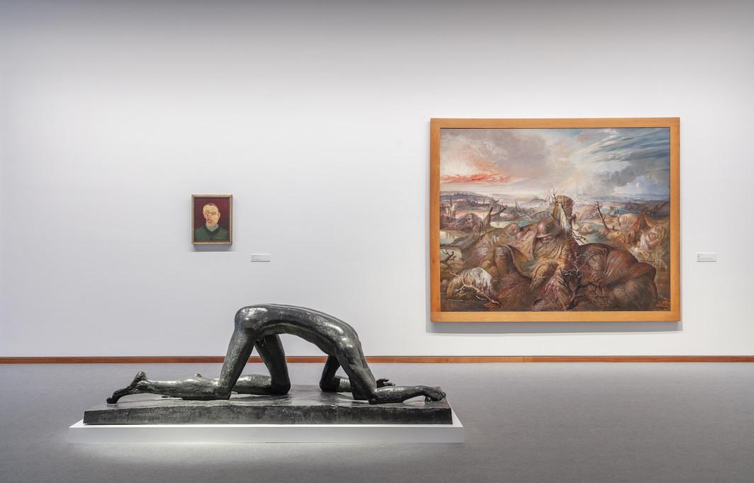 """View of """"Die Kunst der Gesellschaft 1900–1945, Neue Nationalgalerie, 2021. © Photo: Nationalgalerie/David von Becker."""