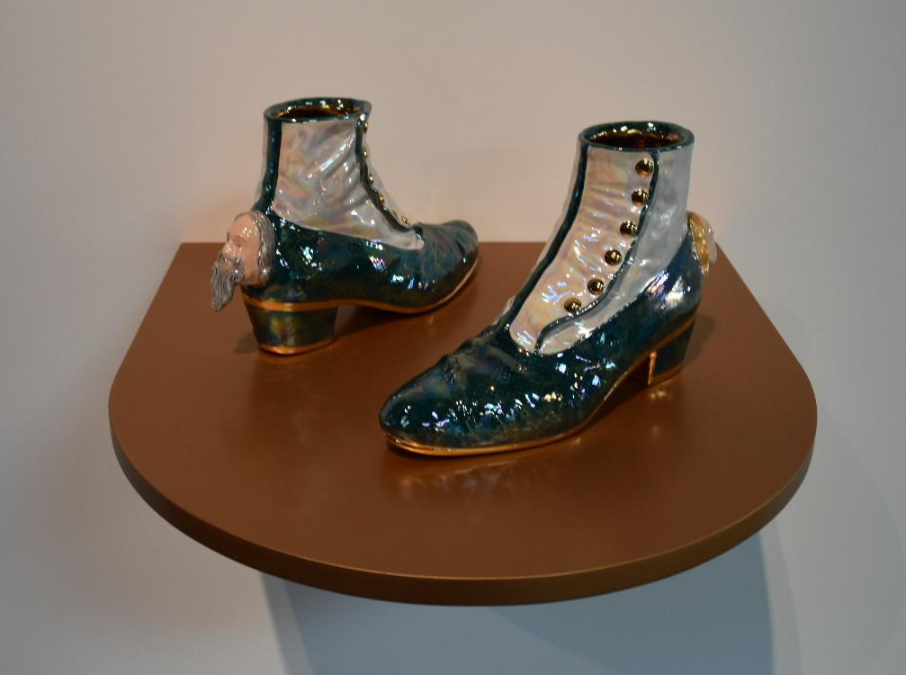 Luigi Ontani, GhettAbbottonato, 2018-2019, polychrome ceramic, pure gold, 7 1/8 x 11 1/4 x 3 1/2''. Photo: Chloe Wyma.
